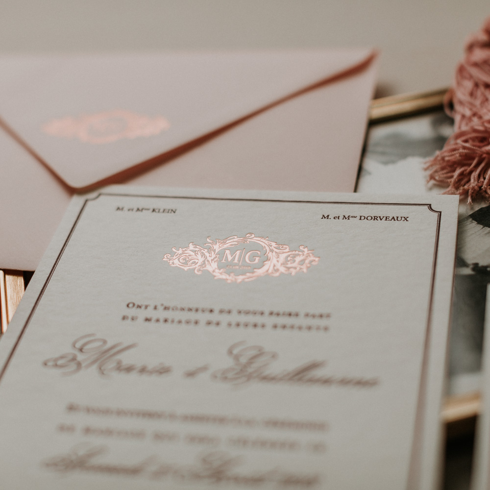 Faire_Part_Marie_Guillaume_Letterpress_dorure_Rose_Bordeau-detail